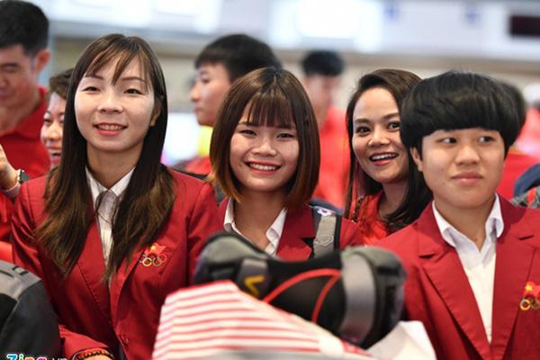 Thủ tướng Nguyễn Xuân Phúc chúc mừng HLV Park Hang-seo, Mai Đức Chung và toàn thể các cầu thủ vàng của bóng đá Việt Nam - Ảnh 47.