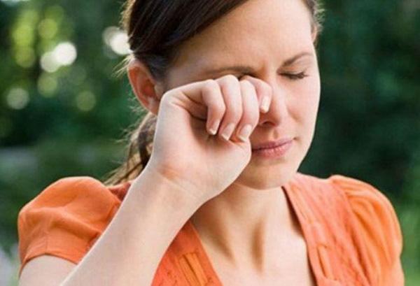 Thức dậy thấy 4 biểu hiện bất thường này cẩn thận mắc căn bệnh chết nhanh hơn ung thư - Ảnh 1.