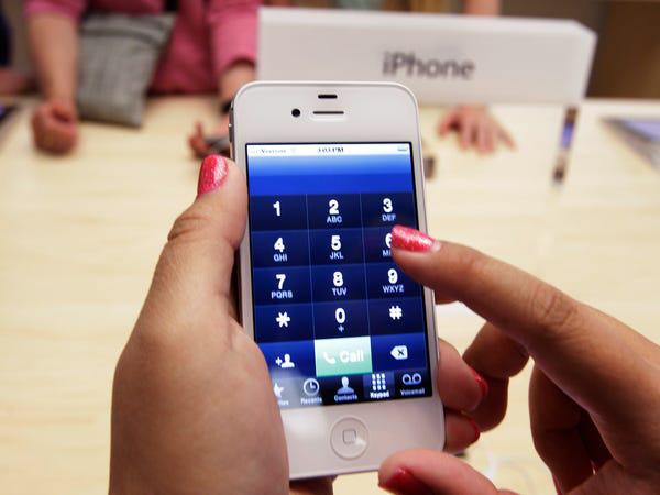 Lịch sử chiếc điện thoại thay đổi cả thế giới - Ảnh 5.