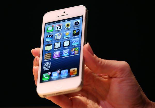 Lịch sử chiếc điện thoại thay đổi cả thế giới - Ảnh 6.