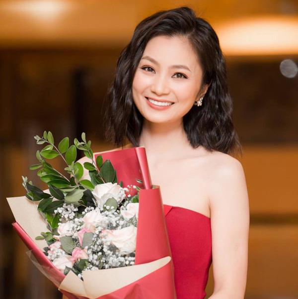 Trai tài gái sắc đắt show màn ảnh Việt nhưng vẫn theo gia đình sang Mỹ - Ảnh 2.