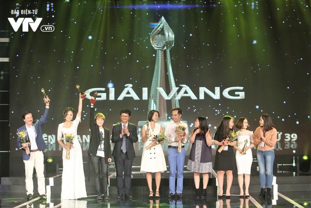 Thu Quỳnh ngỡ ngàng nhưng đầy hạnh phúc với giải thưởng đầu tiên tại LHTHTQ lần thứ 39 - Ảnh 2.