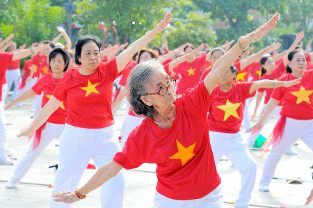 Việt Nam cần xây dựng một mô hình mới phù hợp với già hóa dân số - Ảnh 1.