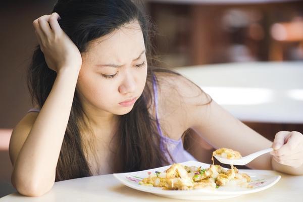 Cảnh báo những thói quen buổi sáng khiến cân nặng tăng chóng mặt - Ảnh 1.