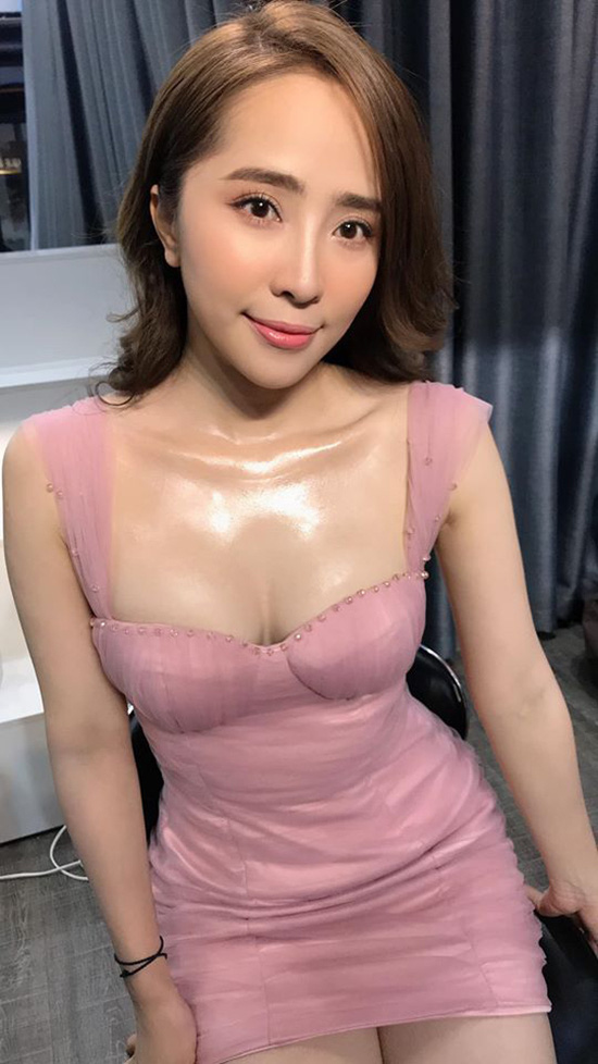 Quỳnh Nga lần đầu thừa nhận nâng ngực - Ảnh 1.