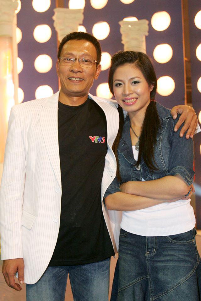 Chùm ảnh MC Lại Văn Sâm và MC Hoàng Linh có 13 năm đẹp đẽ cùng chuong trình Chúng tôi là chiến sĩ - Ảnh 1.
