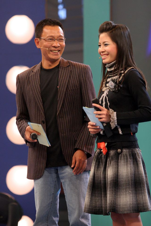 Chùm ảnh MC Lại Văn Sâm và MC Hoàng Linh có 13 năm đẹp đẽ cùng chuong trình Chúng tôi là chiến sĩ - Ảnh 5.
