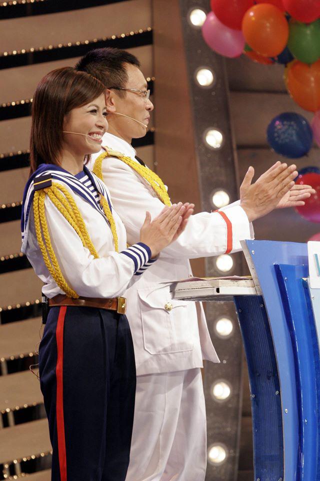 Chùm ảnh MC Lại Văn Sâm và MC Hoàng Linh có 13 năm đẹp đẽ cùng chuong trình Chúng tôi là chiến sĩ - Ảnh 6.
