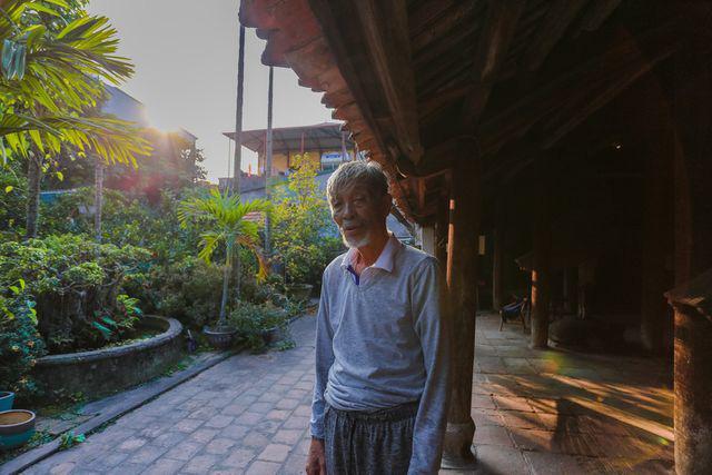 Độc nhất Hà Nội: Nhà cổ 300 tuổi làm từ gỗ lim nằm giữa vườn xanh mát mắt  - Ảnh 5.