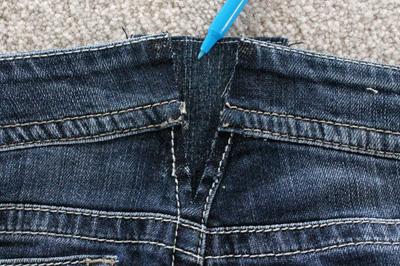 Quần jean bỗng chật cứng vì bạn tăng cân, đừng quá buồn mà vứt vào góc tủ, đây là cách giúp nó rộng trở lại - Ảnh 7.
