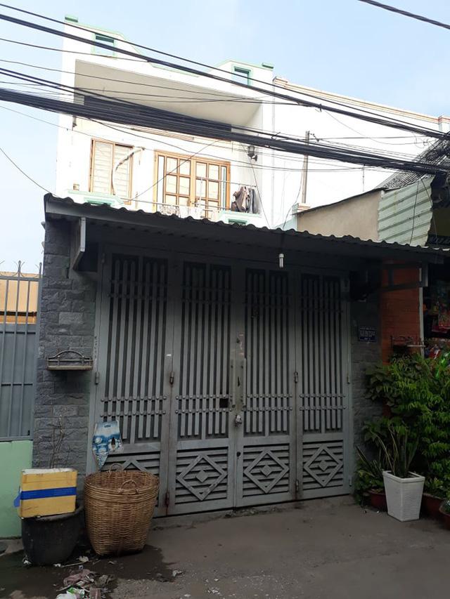 Thông tin bất ngờ vụ cô gái 18 tuổi bị giam giữ, tra tấn đến sảy thai ở Sài Gòn - Ảnh 2.