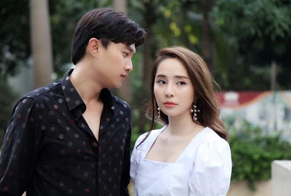 Mất tích 5 năm rồi quay lại màn ảnh: Quỳnh Nga ly hôn, Diệu Hương hạnh phúc bên chồng con ở Mỹ - Ảnh 4.