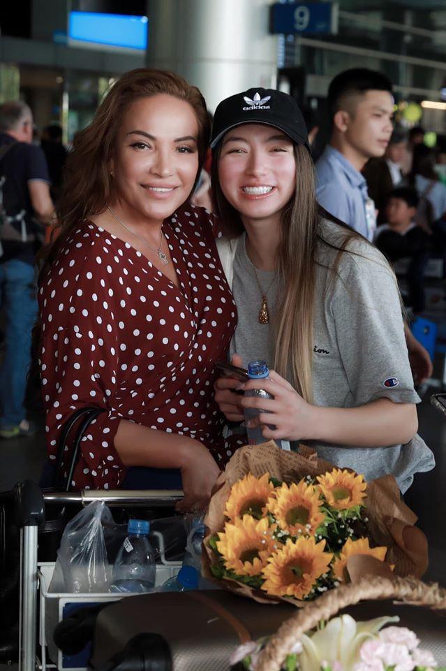 Con gái danh caThanh Hà sống ở Mỹ, gợi cảm không kém mẹ - Ảnh 7.