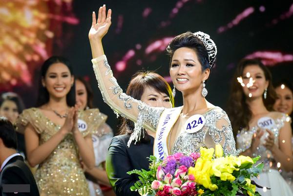 Thùy Lâm, Phạm Hương, Hhen Niê: Cuộc sống sau đăng quang Hoa hậu Hoàn vũ Việt Nam đổi thay ra sao? - Ảnh 5.