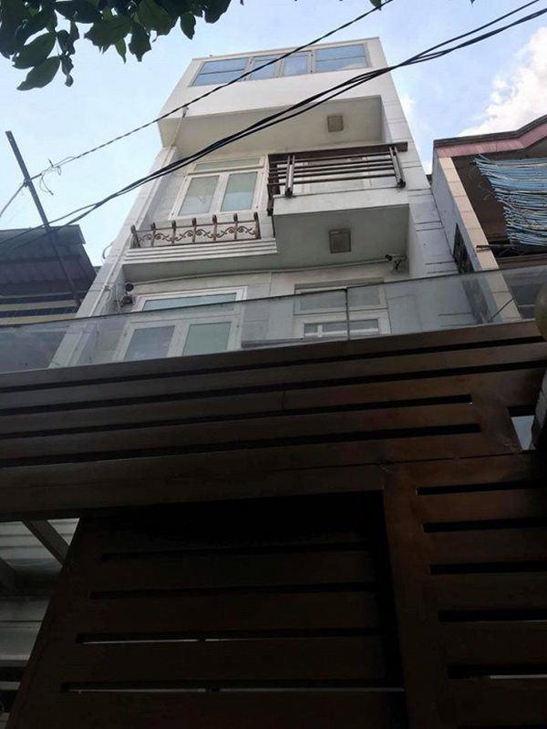 Ngôi nhà to ngay gần trung tâm Sài Gòn của nam diễn viên bị đồn cặp kè bạn diễn nam - Ảnh 3.