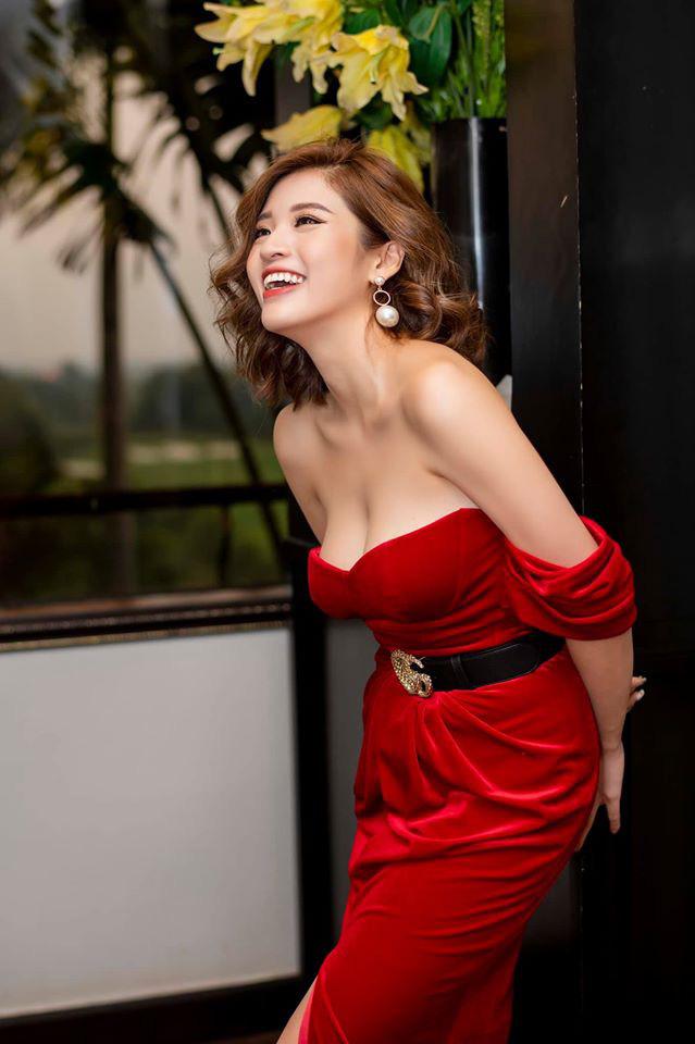 Hoa hậu Phan Hoàng Thu hoảng loạn vì bị hack điện thoại, camera - Ảnh 4.