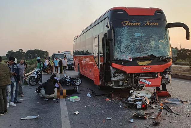 Lực lượng chức năng nói gì về nữ phụ xe chết thảm vì đóng cốp giữa cao tốc Hà Nội - Bắc Giang - Ảnh 1.