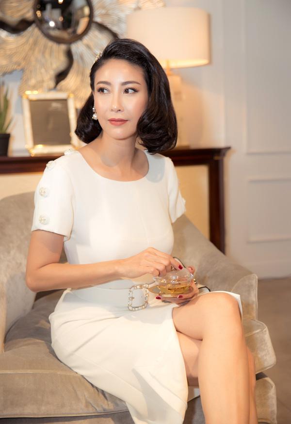 27 năm sau đăng quang Hoa hậu Việt Nam, Hà Kiều Anh xuất hiện gây bất ngờ với nhan sắc không tuổi - Ảnh 3.