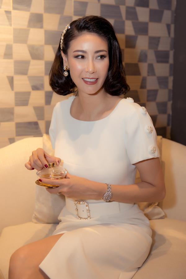 27 năm sau đăng quang Hoa hậu Việt Nam, Hà Kiều Anh xuất hiện gây bất ngờ với nhan sắc không tuổi - Ảnh 5.