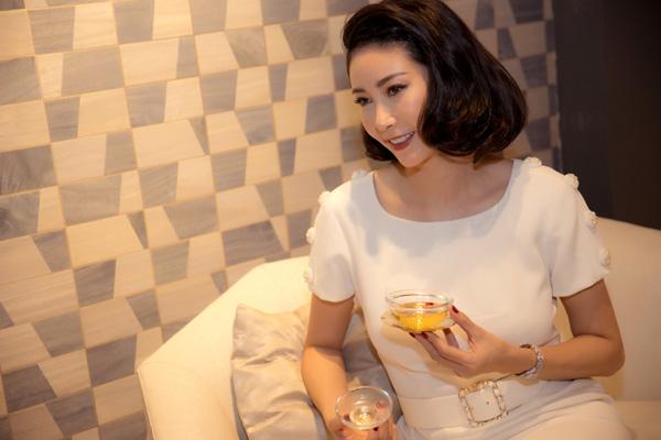 27 năm sau đăng quang Hoa hậu Việt Nam, Hà Kiều Anh xuất hiện gây bất ngờ với nhan sắc không tuổi - Ảnh 7.