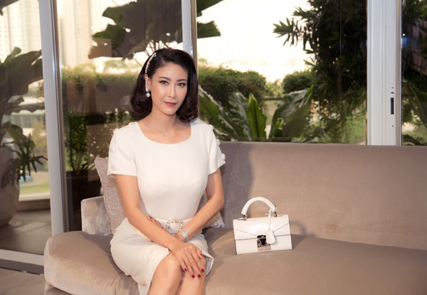 27 năm sau đăng quang Hoa hậu Việt Nam, Hà Kiều Anh xuất hiện gây bất ngờ với nhan sắc không tuổi - Ảnh 9.