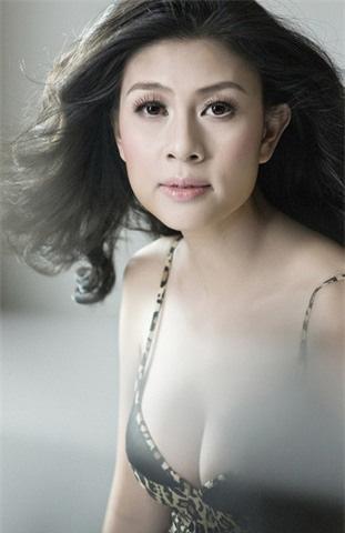 Nhan sắc hiện tại của diễn viên Kim Thư sau khi khởi nghiệp lại ở tuổi 40 - Ảnh 4.