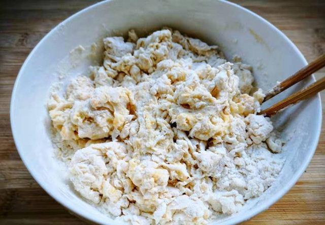 Tuyệt chiêu làm bánh quẩy ngon giòn rụm tại nhà, siêu hấp dẫn ngày lạnh  - Ảnh 3.