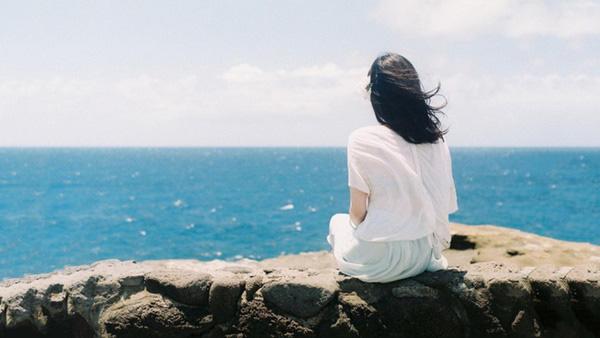 Sự cô đơn tác động thế nào tới tim mạch, não bộ và thậm chí tuổi thọ? - Ảnh 1.