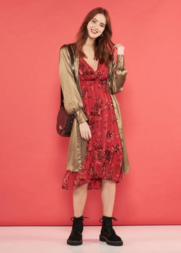 6 cách diện 1 chiếc váy sơ mi giúp bạn đẹp trong mọi hoàn cảnh, từ Đông sang Hè đều được - Ảnh 3.