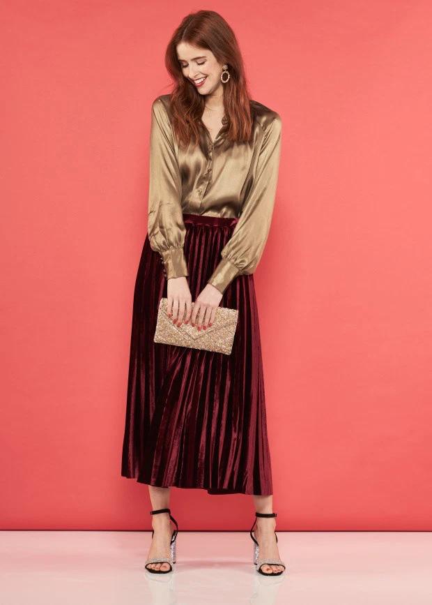 6 cách diện 1 chiếc váy sơ mi giúp bạn đẹp trong mọi hoàn cảnh, từ Đông sang Hè đều được - Ảnh 5.
