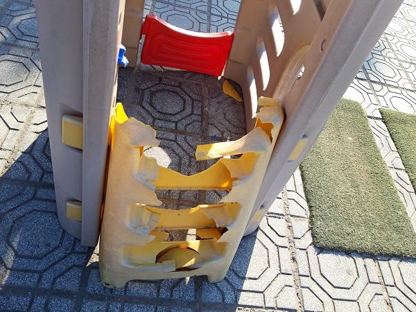Hà Nội: Những bẫy trò chơi nguy hiểm ở sân trường, khu vui chơi trẻ em - Ảnh 11.