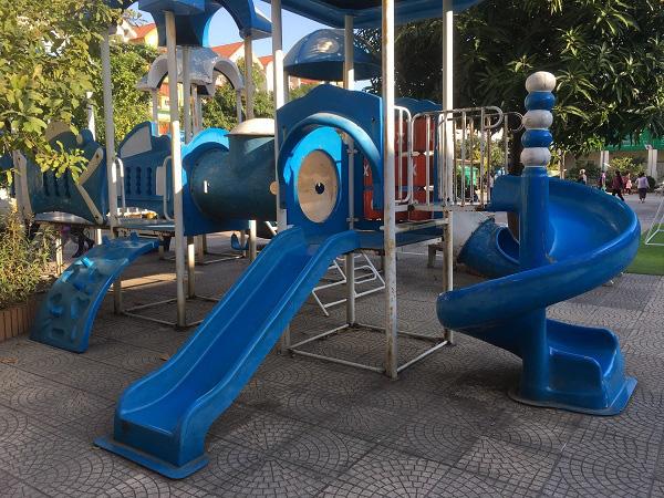 Hà Nội: Những bẫy trò chơi nguy hiểm ở sân trường, khu vui chơi trẻ em - Ảnh 6.