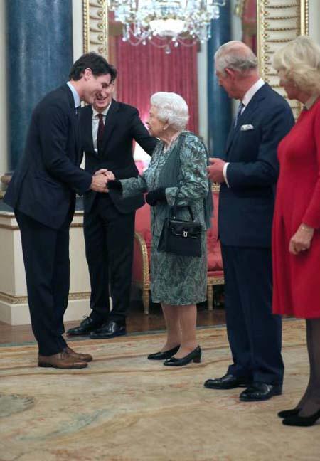 Kate diện váy 1.300 USD đón lãnh đạo thế giới - Ảnh 6.