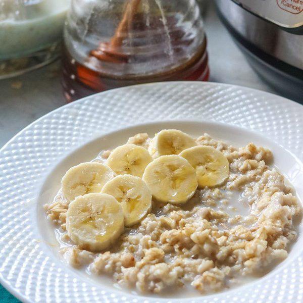 7 thực phẩm ăn vào buổi sáng tốt gấp mấy lần bún phở nhiều người ăn hàng ngày  - Ảnh 2.