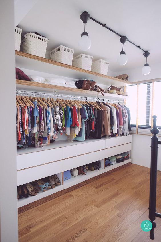 9 ý tưởng tổ chức tủ quần áo để giúp bạn không phải đau đầu mỗi khi muốn mua 1 món đồ mới mà lo không có chỗ cất - Ảnh 8.