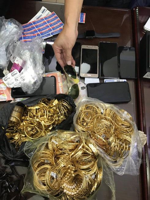 Chủ tiệm vàng ở Bình Thuận trình báo mất 200 cây vàng: Nghi can đã bị bắt - Ảnh 1.