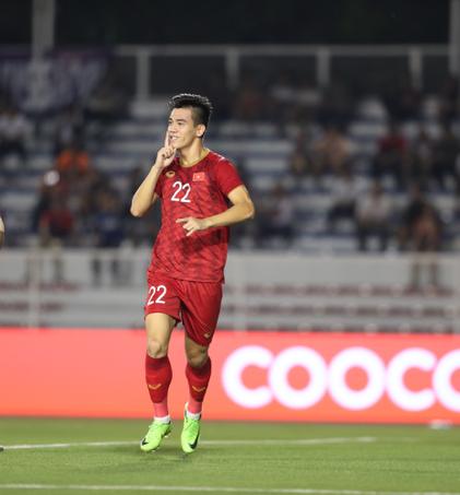 Lý do khiến thầy Park bất ngờ nhận thẻ vàng trong trận U22  Việt Nam gặp U22 Campuchia - Ảnh 4.