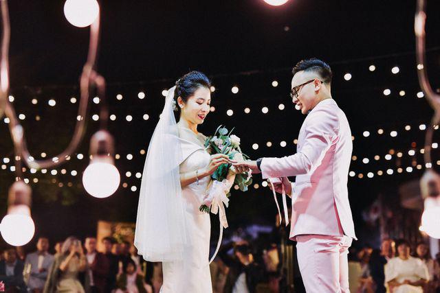 """MC VTV lấy được vợ """"nhờ bát cháo sườn"""" và đám cưới 100 khách mời  - Ảnh 4."""