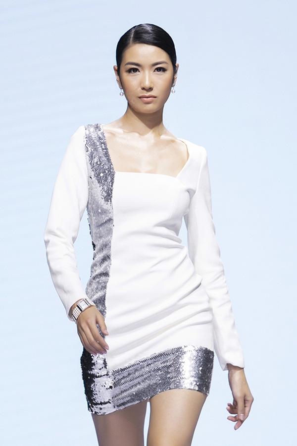 Thúy Vân gây tiếc nuối khi trượt ngôi Hoa hậu Hoàn vũ Việt Nam - Ảnh 8.