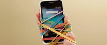 Bạn đang dành quá nhiều thời gian cho chiếc điện thoại thông minh mà quên bẵng gia đình, đây là cách cai nghiện nó - Ảnh 2.