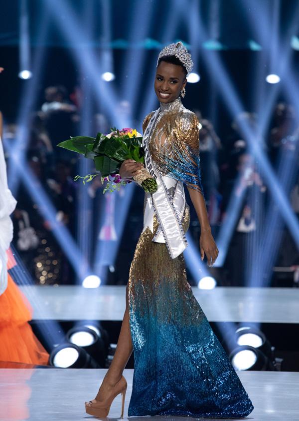 Đường đến vương miện Miss Universe của viên ngọc đen Nam Phi - Ảnh 11.