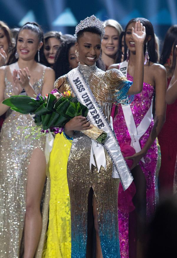 Đường đến vương miện Miss Universe của viên ngọc đen Nam Phi - Ảnh 12.