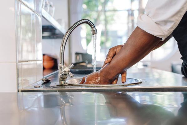10 thói quen nhà bếp vô tình khiến cả gia đình bệnh tật triền miên - Ảnh 9.