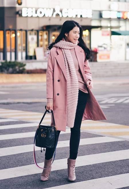 Mix áo khoác dài mùa đông với các kiểu dưới đây, chị em trông vừa hiện đại vừa quyến rũ - Ảnh 2.
