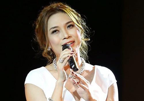 Ca sĩ Mỹ Tâm lần đầu làm phim điện ảnh trong năm qua.