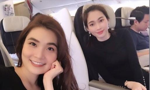 Hình ảnh vợ chồng Hoa hậu Đặng Thu Thảo đi du lịch đầu xuân được bạn bè chia sẻ vào sáng 10/2.