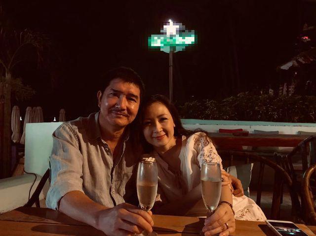 Khánh Huyền cảm thấy hài lòng với hạnh phúc mình đang có.