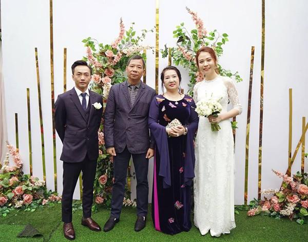 Đàm Thu Trang được gia đình Cường Đô la về tận quê cưới hỏi đàng hoàng.