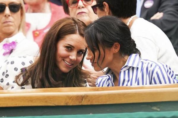 Kate và Meghan Markle khi còn thân thiết với nhau.