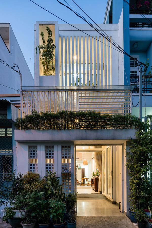 Căn nhà đơn giản nhưng khá nổi bật với vẻ ngoài hiện đại